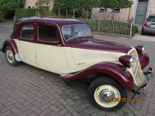 CITROEN TRACTION 11B 1953
